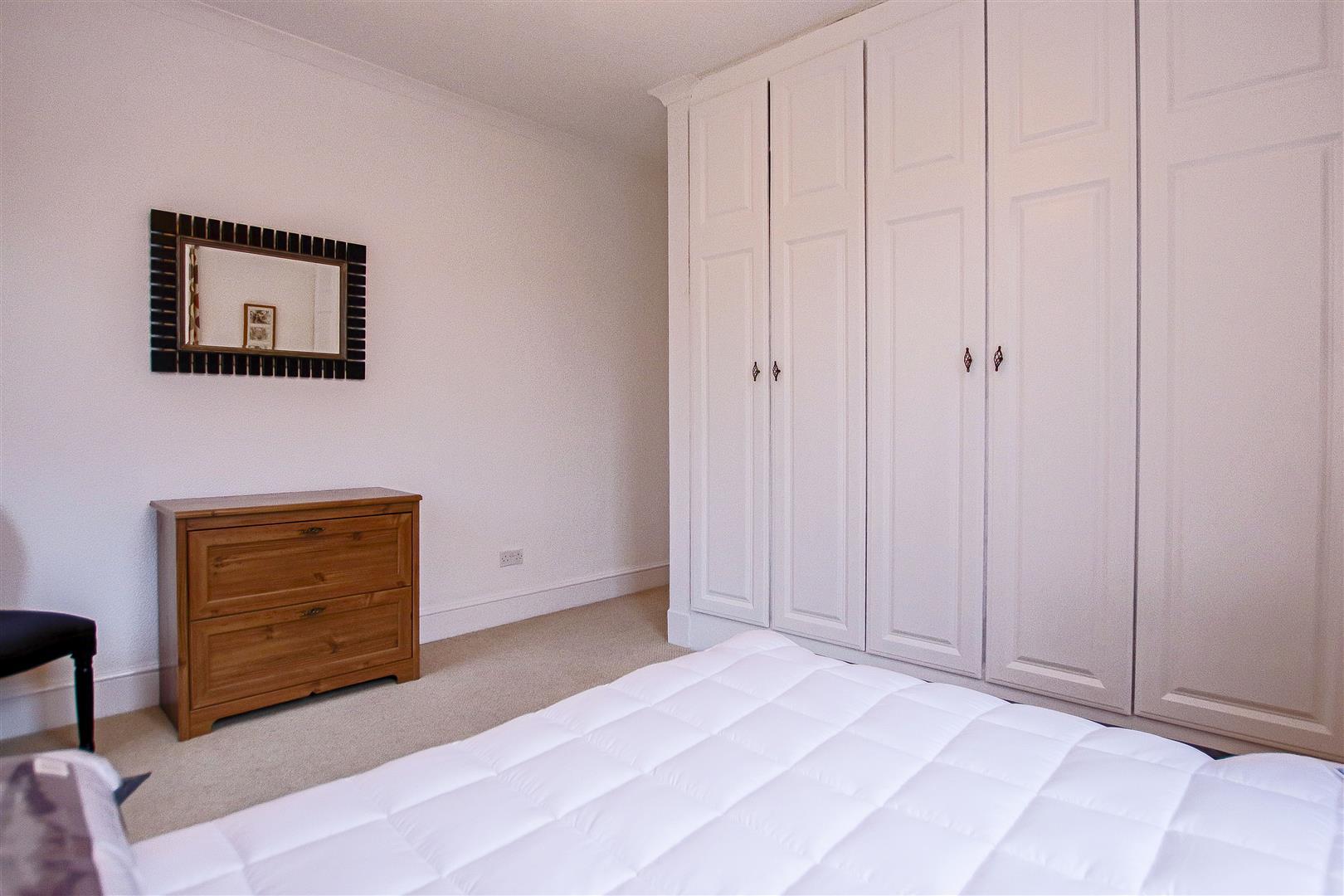 4 Bedroom Detached House For Sale - 54.jpg